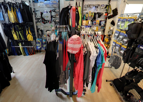 scuba diving equipment shop