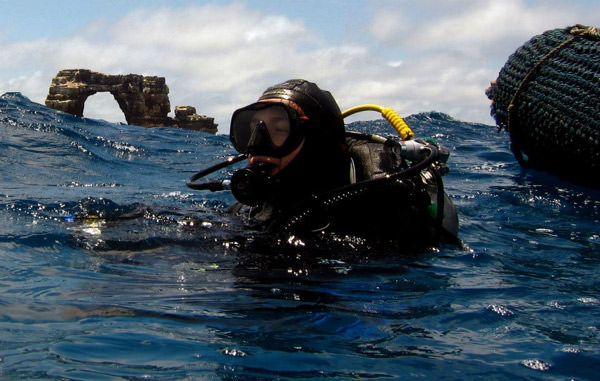scuba diving travel